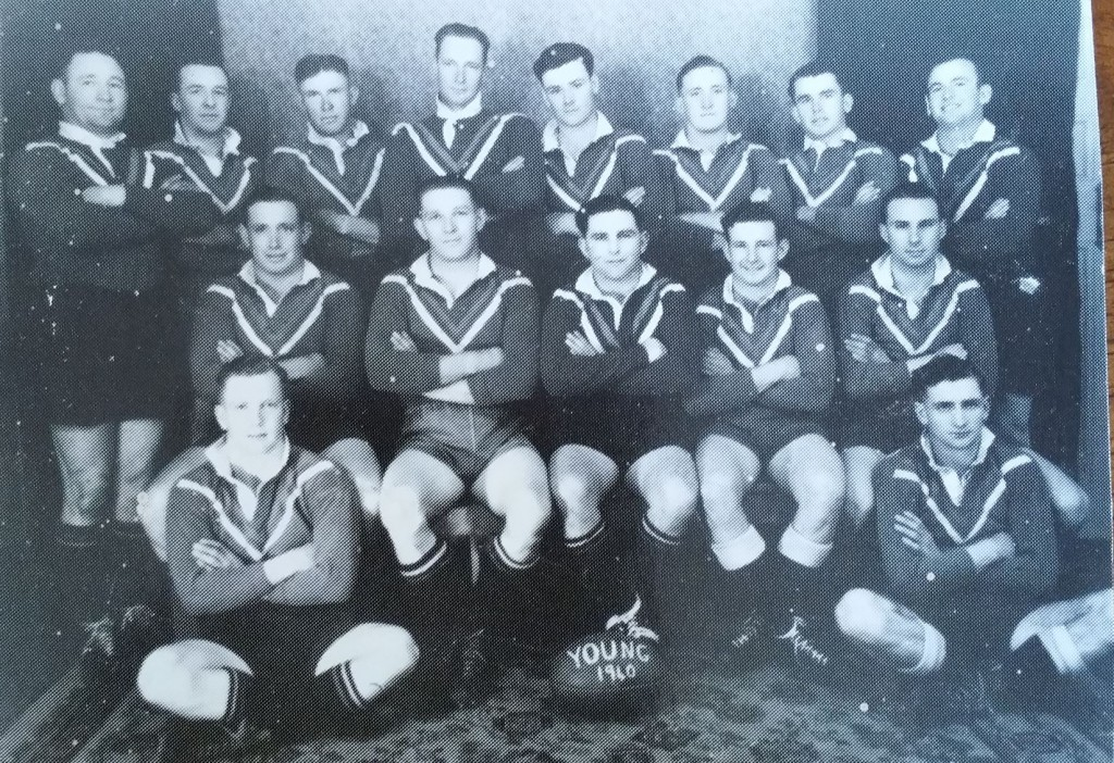 A Young 1st grade team from 1940 (not Maher Cup): Back from left - Jack Brown, Mick O'Rourke, Jack Richens, Roy Richens, Paddy Maloney, Sid Hobson, Bob Smith, Jack O'Connor: Middle - Jack Hobson, Merv Torpy, Bill Kearney (Captain), B Wilson, Geoff Sheean: Front- Alex McDowell, Les 'Poodle' Rule. Photo from Wal Galvin, names from Toni O'Rourke