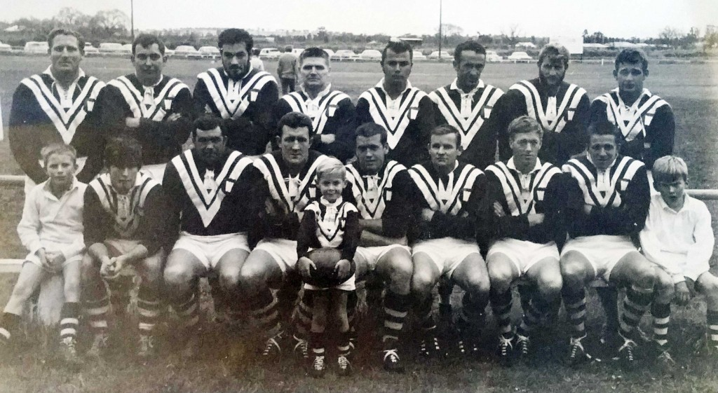 The Wamoon that defeated Cootamundra for the Maher Cup on 12 July 1969 after Wagga Kangaroos forfeited: back from left - Phil Reberger (sub.), David Barnhill, Neville Worner, Jim Meekin, Phil Higgins, Bob Saddler, Fred Robertson, John Bond (sub.) ; front - Graham Bollington, Billy 'Pongo' Myers, Ian Sills (captain), Wayne Coxon, Keith Plant, Leo Plant
