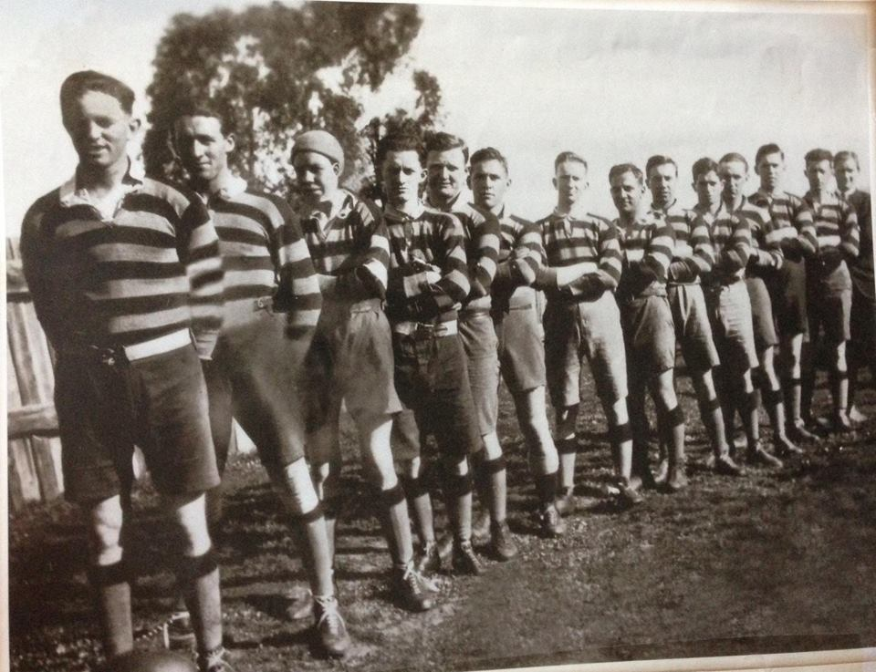 A team consisting of Taken in 1922. T McDevitt, E Weissel, S Chambers, M Rooney, B O'Connor, T Doran, T Ryan, J Sissian, G Mills, R Young, J Thomas, T McGuigan, W Kelly, J Deal, J Weissel. Source: Carmel O'Rouke on Cootamundra Remebers via Facebook